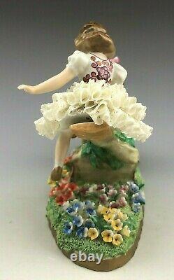 Antique Sitzendrof Porcelain Germany Figurine