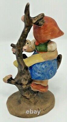 Hummel Figurine #141 3/0 Apple Tree Girl TMK1 Tree Trunk Incised Crown