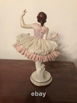 Lovely 7.75 Vintage VOLKSTEDT Germany Ballet Dancer w Lace Porcelain Figurine