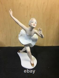 New Vintage Wallendorf Ballerina Dancing Ballerina Model 1751-2 Figurine Germany