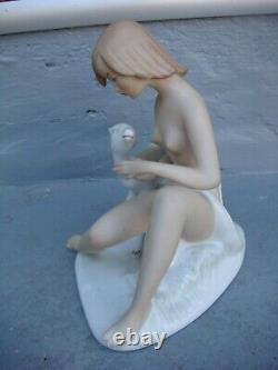 RRR RARE Antique Germany Wallendorf Nude Woman Porcelain Figurine
