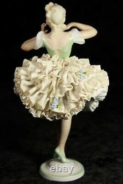Vintage German DRESDEN Unterweissbach Porcelain LACE Ballerina Figurine MINT