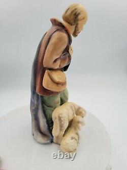 Vintage Goebel Hummel (214/F) Shepherd Standing Nativity (1951) 8 Figurine