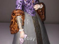 Vintage Porcelain German Sitzendorf Queen Lady Woman Figurine Figure